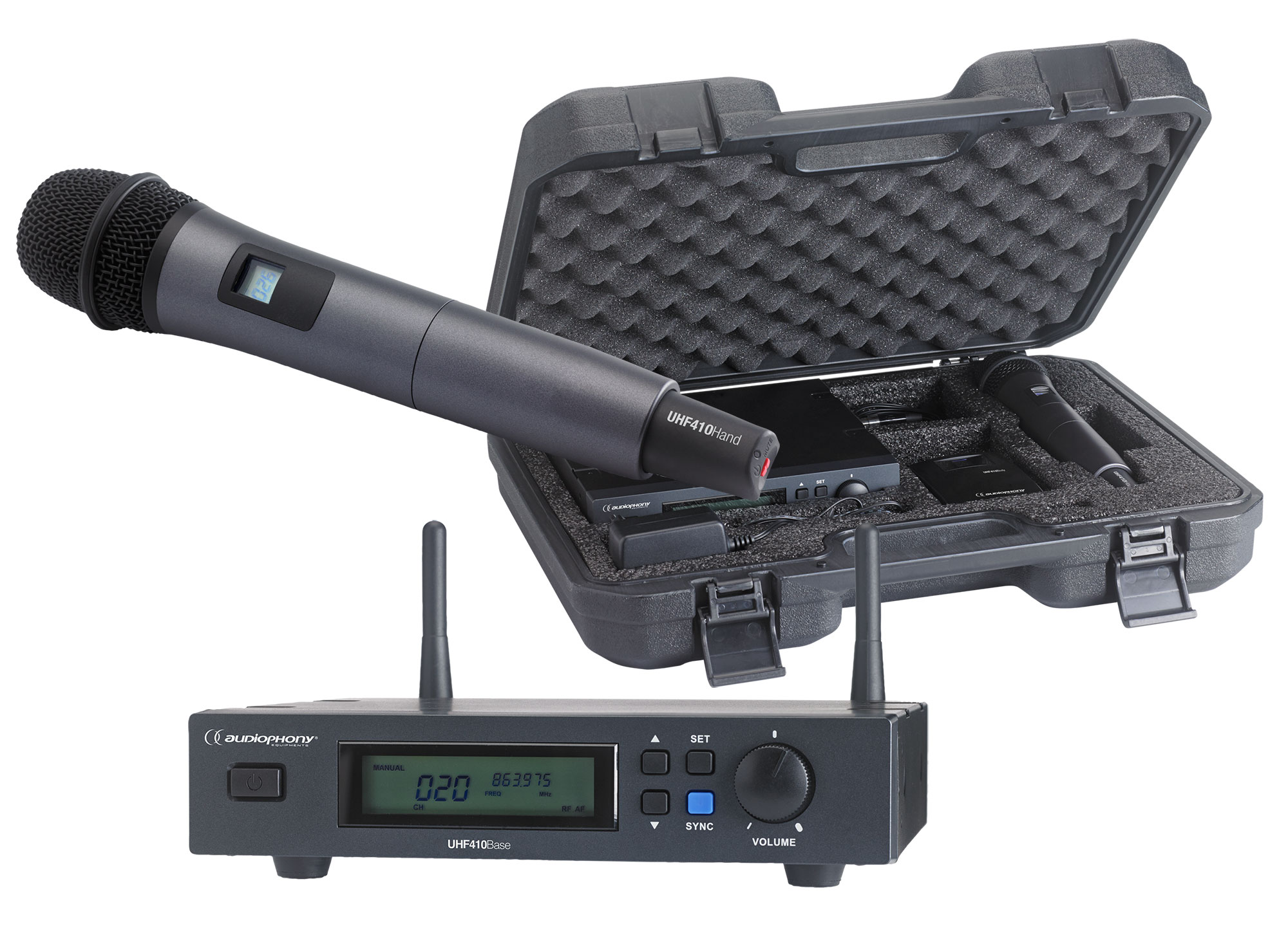 Set including a UHF True Diversity receiver and a handheld microphone in its transport case - 800MHz range